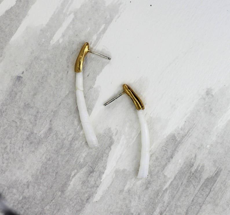 Lost Hope Single Dentalium Shell Earring
