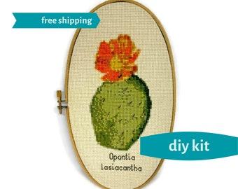 Prickly Pear Cross Stitch Kit DIY - Vintage Botanical Print Cross Stitch - Needlepoint Kit - 5 x 9 Inches