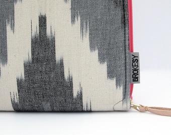 Laptop Case - Custom Size - Black Ikat