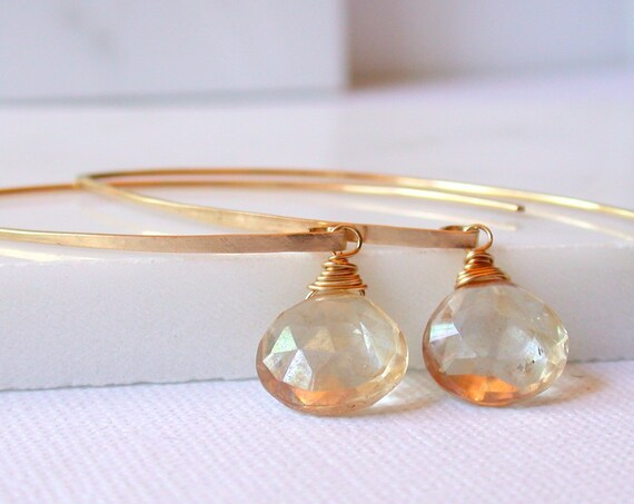 Curving with Champagne Citrine
