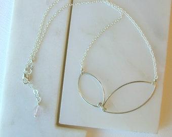 Modern Leaf Necklace. Sterling Silver Leaf Necklace. Simple Silver Leaf Necklace. Minimalist Sterling Silver Metal Leaf Gifts for Girlfriend