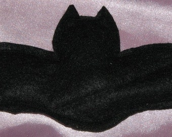 Gothic Batnip bat shaped cat nip  toy (black)