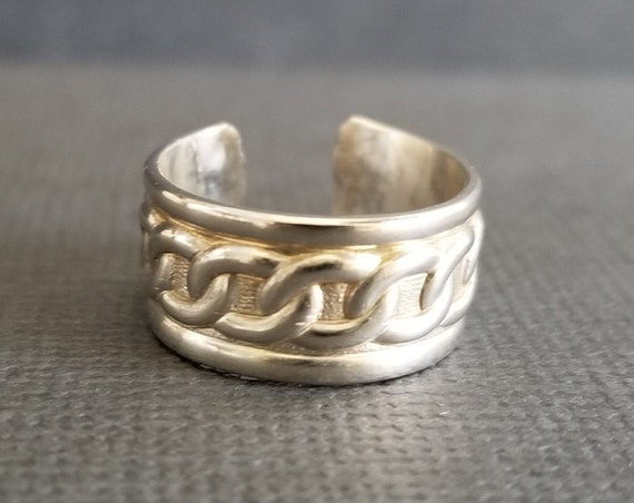 Wide Chain Link Grecian Sterling Silver Toe Ring in Polished Sterling or Oxidized Sterling Summer Jewelry Made in Canada