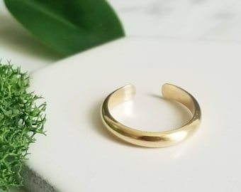 Wide Half Round 14K Yellow GoldFilled Toe RIng, Minimalist Body Jewelry, Modern Jewelry 2.5mm wide, toe ring
