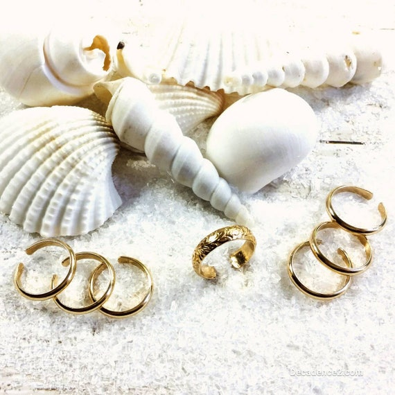 14K Goldfilled Toe Ring Wedding Package- Floral Brides Ring, half round bridesmaids rings choose your wedding party size