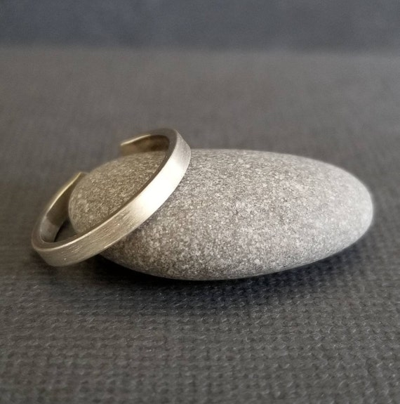 Skinny Brush Textured Sterling Silver Toe ring, 2 mm, Body Jewelry made in Canada, boho jewelry, minimalistic toe ring, silver jewelry