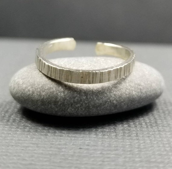 Striated 2mm Sterling Silver Toe Ring Wedding Jewelry Body Jewelry Made in Canada Summer Accessory