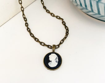 Cameo Pendant Necklace -Black and White Portrait Silhouette Cameo - Round brass setting with long textured brass chain