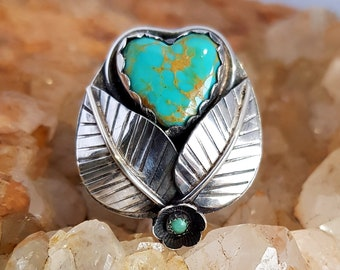 Carved LOVE Heart Leaves & Floral Kingman Mine Turquoise Sterling Silver Ring