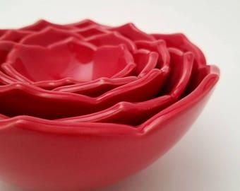 Ceramic Nesting Lotus Bowls Serving Bowls Set of Five