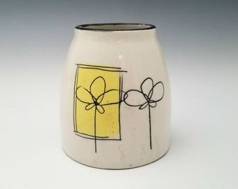 Mini Chubster Vase Ceramic Bud Vase, Modern Pottery Vase, Small Chunky Vase with Minimalist Design