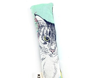 Kitty Cat Crisp Organic Silver Vine Catnip Blend Crinkle Kicker Cat Toy by For Mew
