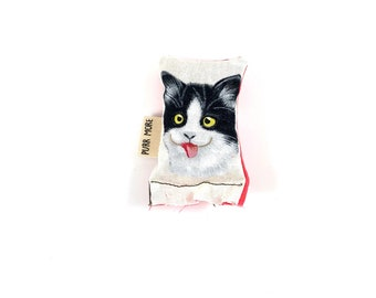 Blep Cat Green Bean Organic Silver Vine Catnip Blend Eco Friendly Cat Toy For Mew, Gift For Cat Lover