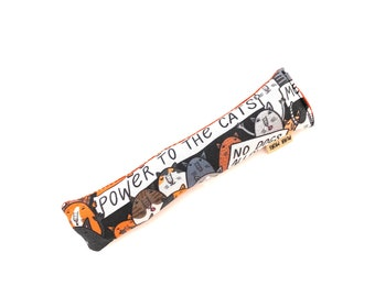 Protest Cats Crisp Organic Silver Vine Catnip Blend Crinkle Kicker Cat Toy by For Mew