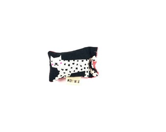 Polka Dot Cat Green Bean Organic Catnip Eco Friendly Cat Toy For Mew, Gift For Cat Lover