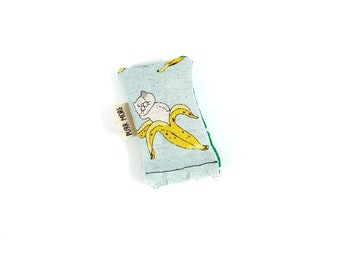 Banana Cat Green Bean Organic Catnip Eco Friendly Cat Toy For Mew, Gift For Cat Lover