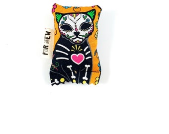 Day Of The Dead Cat Green Bean Organic Silver Vine Catnip Blend Eco Friendly Cat Toy For Mew, Gift For Cat Lover