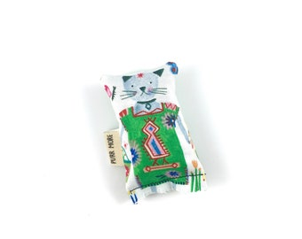 Green Mexican Dress Kitty Green Bean Organic Eco Friendly Catnip Cat Toy For Mew, Gift For Cat Lover