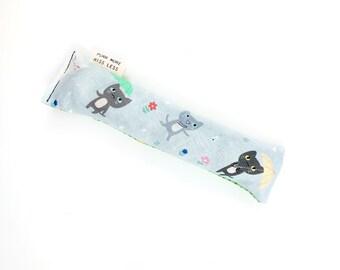 Umbrella Cats Crisp Organic Silver Vine Catnip Blend Crinkle Kicker Cat Toy by For Mew
