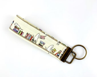 Cats And Books Key Fob For Mew