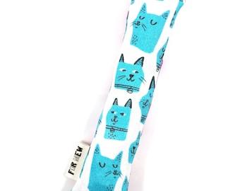 Blue Cats Crisp Organic Catnip Crinkle Kicker Cat Toy by For Mew