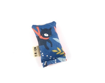 Cat With Scarf Green Bean Organic Eco Friendly Catnip Cat Toy For Mew, Gift For Cat Lover