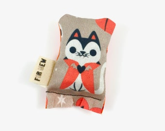Cat Vampire Green Bean Organic Eco Friendly Catnip Cat Toy For Mew, Gift For Cat Lover