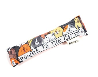 Protest Cats Crisp Organic Catnip Crinkle Kicker Cat Toy by For Mew