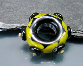 Handmade Lampwork Focal Bead Ring by GlassBeadArt  ... SRA F12 ... 28mm ring flat freeformed focal