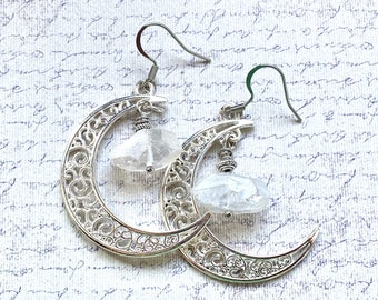 Crescent moon and aura crystal earrings, moon earrings, witchy jewelry, silver earring pair, rough crystal jewelry, fandom jewelry, handmade