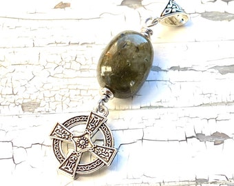 Celtic cross and labradorite gemstone pendant, celtic jewelry, celtic cross, scottish, irish, Outlander inspired