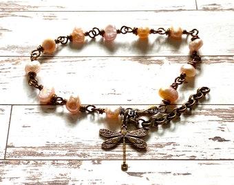 Bracelet, pearl bracelet, Dragonfly, Outlander jewelry, Outlander inspired, fantasy jewelry, fandom jewelry, handmade