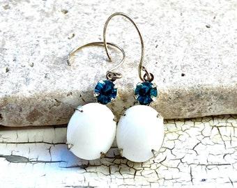 One of a kind earring pair, white and teal, Gwyn, Gwyneth Berdara, ACOSF inspired, christmas gift, Acotar cosplay jewelry, handmade