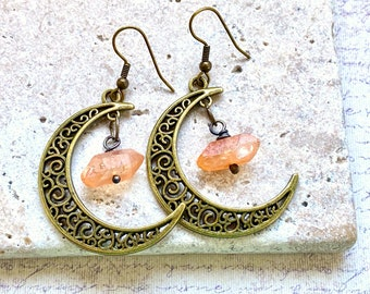 Crescent moon and aura crystal earrings, moon earrings, witchy jewelry, bronze earring pair, rough crystal jewelry, fandom jewelryhandmade