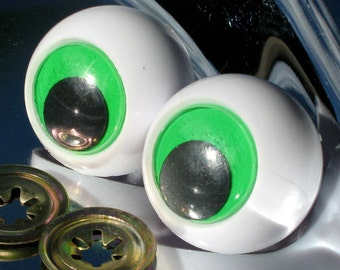 """144 WIGGLE EYES 15MM 5//8/"""" GLUE ON CRAFT SCRAPBOOK DOLL WIGGLY MOVING GOOGLE"""
