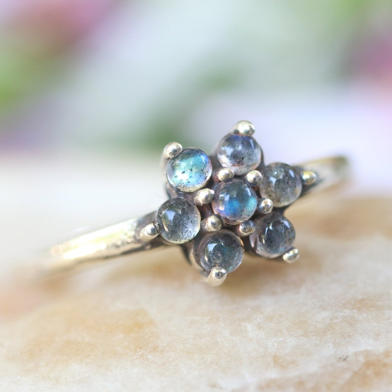 Flower crown ring round cabochon labradorite in silver prongs setting with sterling silver high polished band