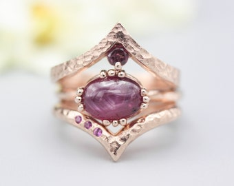 Set of 3 Red tone, Ruby cocktail ring with 18k rose gold texture design band with Rose gold garnet ring crown design and tiny 3 ruby ring