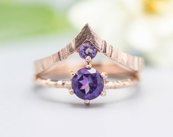Set of 2 Purple tone,Amethyst ring in prongs setting with 18k rose gold texture design band with Amethyst ring 18k Rose gold crown design