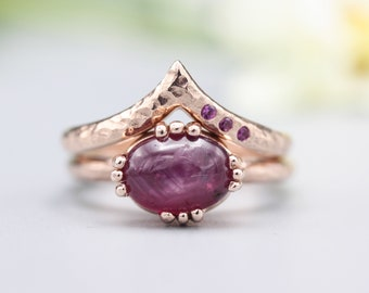Set of 2 Red tone, Ruby cocktail ring with 18k rose gold texture design band with Rose gold ring and tiny 3 ruby on the side