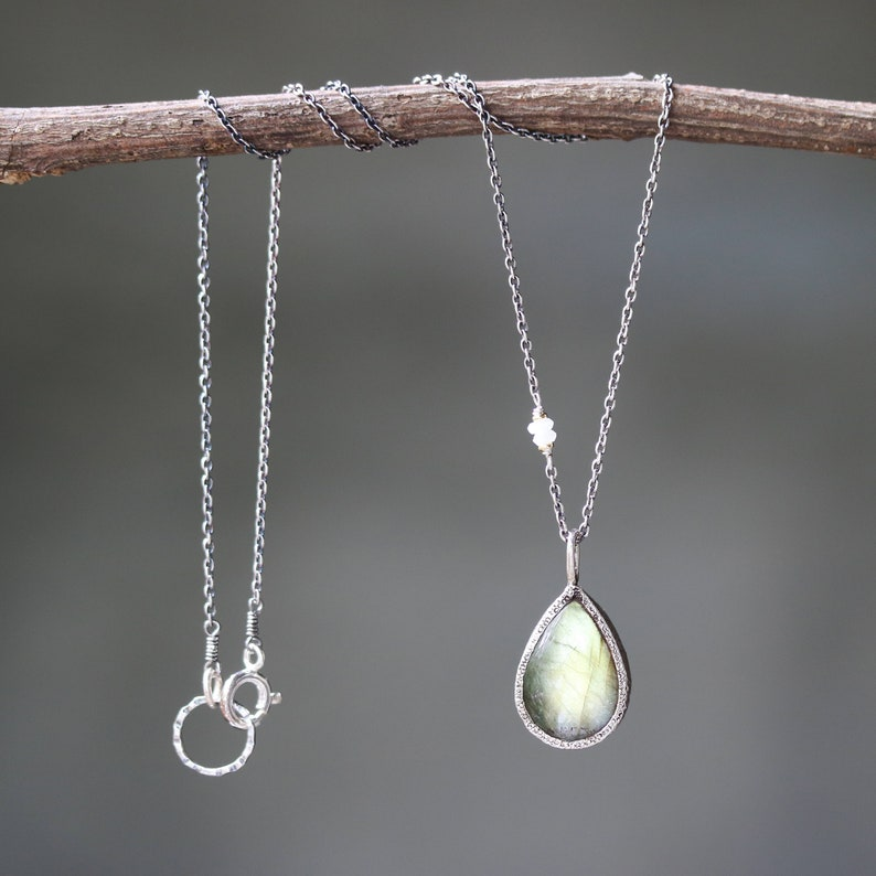 Beautiful green Labradorite pendant necklace in sterling silver bezel setting and moonstone beads on the side