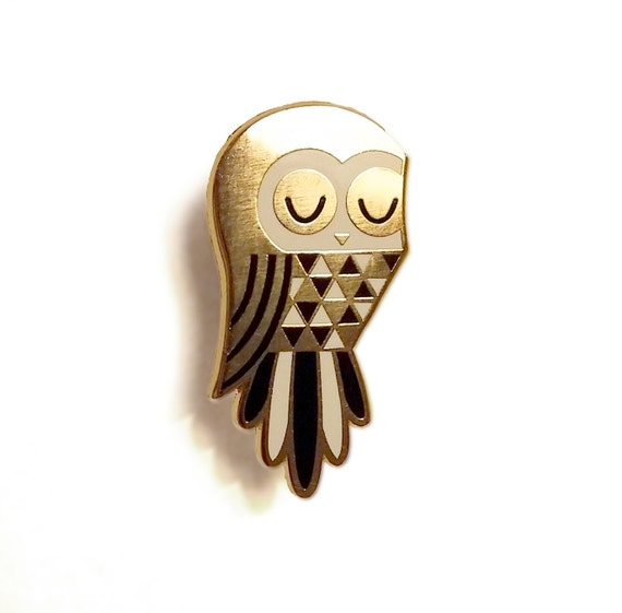 Twit Owl - Enamel Pin Badge