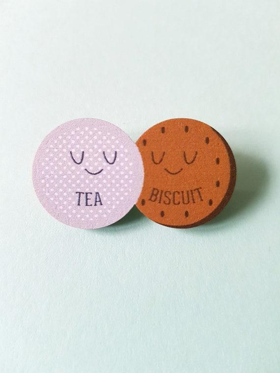 Tea and Biscuit wood badge