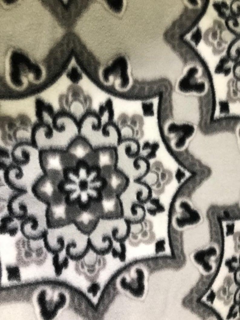 small 24 x 18 Crate Mat Gray and White Mandalas on Light Gray