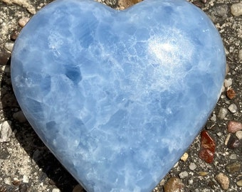 """Blue Calcite Heart Shape Polished Carved Stone  3 1/2""""   282g  From  Madagascar Free Shipping (b1)"""