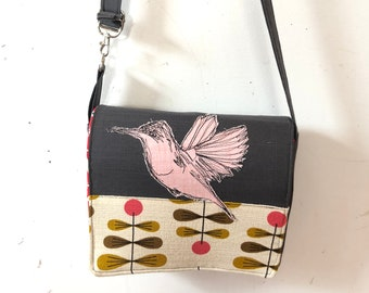 Hummingbird  stitched drawn messenger bag, adjustable strap, freehand machine stitched bird, with free accessory
