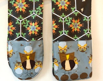 Double Oven Mitts, oven mitt, oven glove, bake gift,housewarming ,organic cotton, Charley Harper