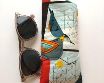 Organic Cotton Padded Fabric Eyeglass Case, felt appliqué, white eyeglass case, Charley Harper
