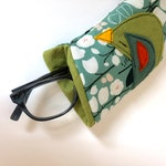 Organic Cotton  Eyeglass Case, felt appliqué birds, felt lined, zipper , flannel lined, padded