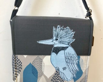 Belted Kingfisher freehand machine stitched drawn messenger bag, adjustable strap, freehand machine stitched bird, with free accessory