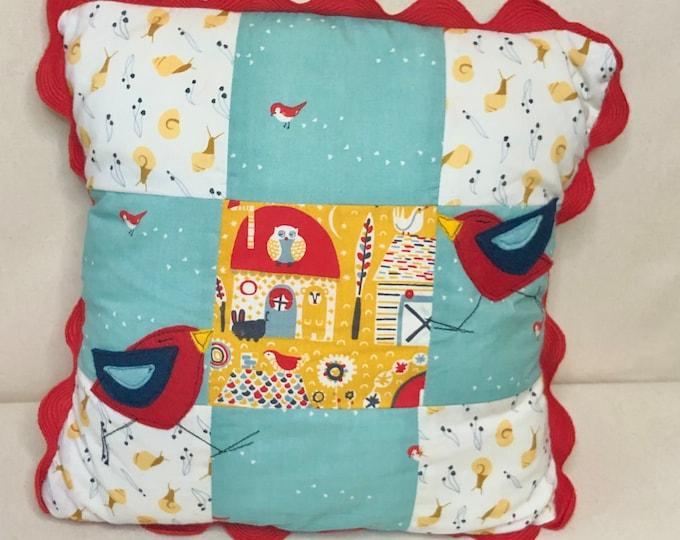 Birdie bird Felt Appliqu\u00e9 Patchwork Pillow